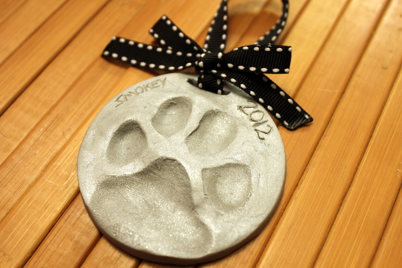 Homemade Christmas Gifts for your beloved dog!